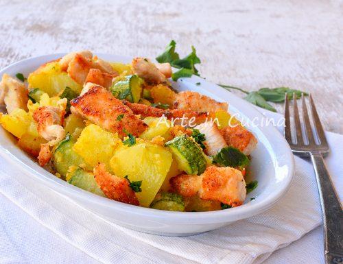 Straccetti di pollo zucchine e patate gratinati in padella