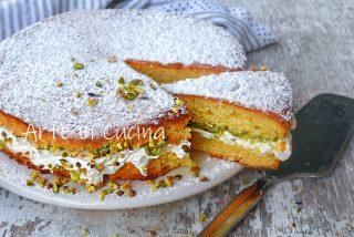 Torta panna e crema di pistacchio