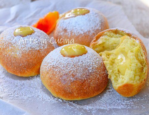 Bomboloni con crema di arancia