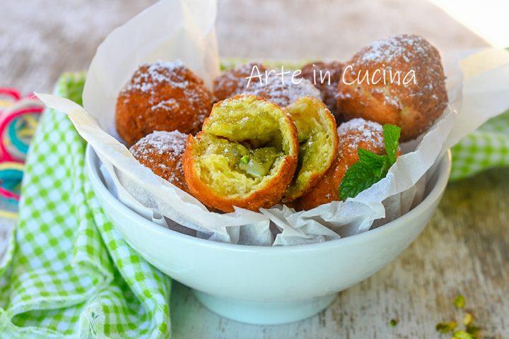 Castagnole al pistacchio dolci di Carnevale
