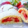 Rotolo biscotto fragole e marmellata