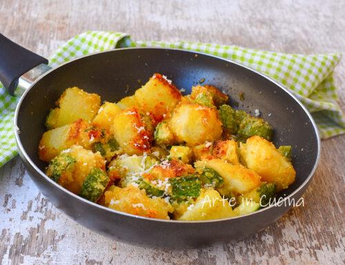 Patate e zucchine al parmigiano in padella
