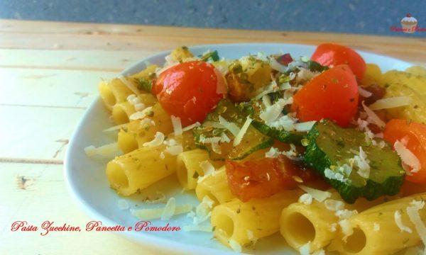 Pasta Zucchine, Pancetta e Pomodoro