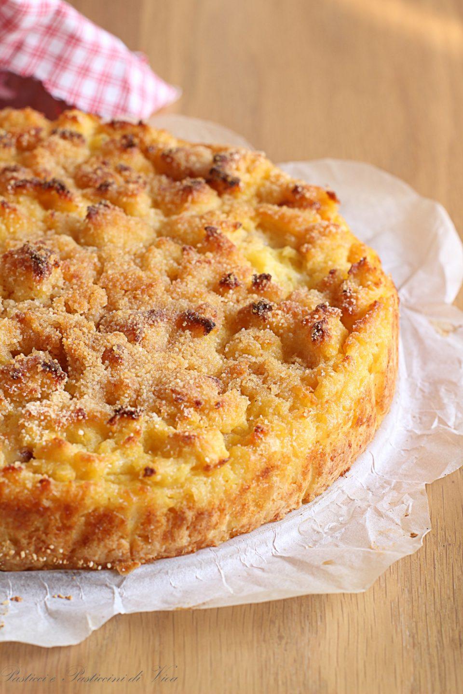 Tortino di Patate al forno: 800 grammi di patate - 60 grammi di farina 00 - 80 grammi di parmigiano grattugiato - 1 uovo