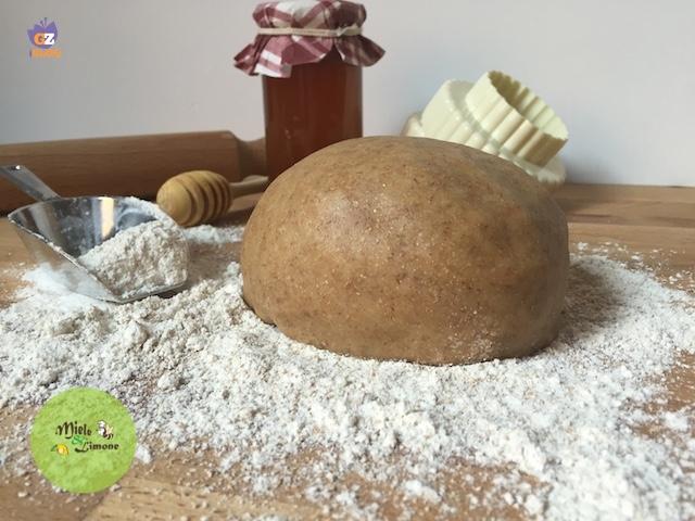 Pasta Frolla integrale al miele - ricetta base
