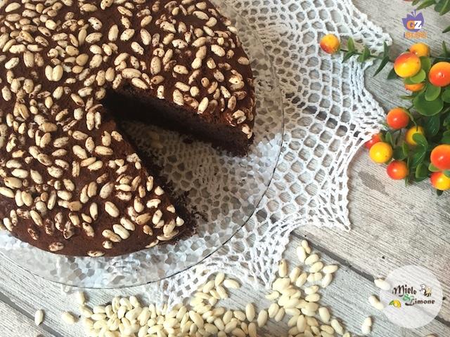 Torta al cioccolato e riso soffiato - ricetta dolce
