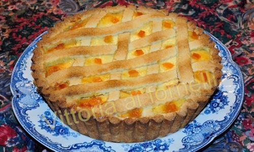 Crostata di ricotta profumata con arancia e cannella