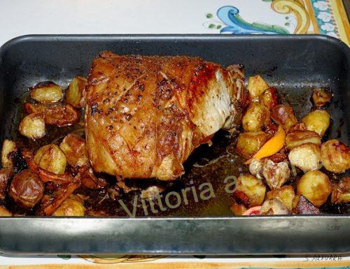 Carré di maiale con erbe aromatiche e spezie