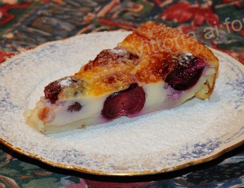 Clafoutis alle ciliegie, ricetta francese semplice e golosa