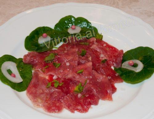 Carpaccio di tonno, ricetta di mare