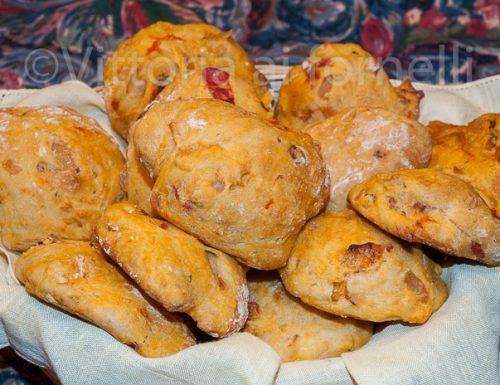 Pizzi leccesi, ricetta tradizionale pugliese