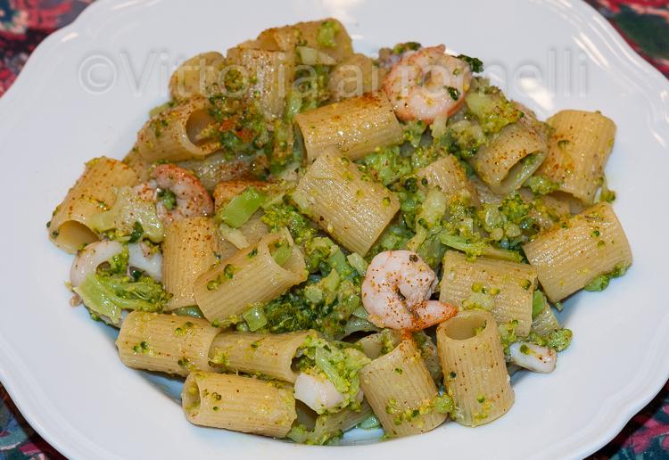 pasta con broccoli e gamberetti 2