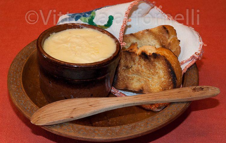 Fonduta valdostana, ricetta tradizionale