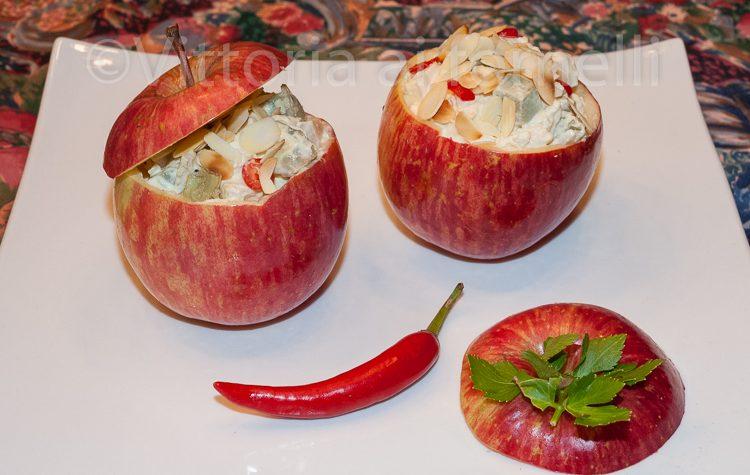 Insalata di pollo e mele, ricetta sfiziosa