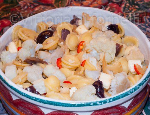 Pasta cavolfiore e olive, ricetta facile