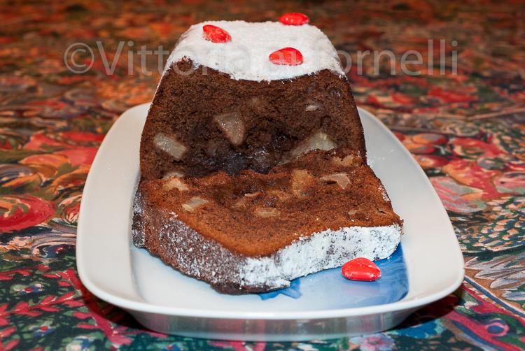 plum cake cioccolato e pere, fetta