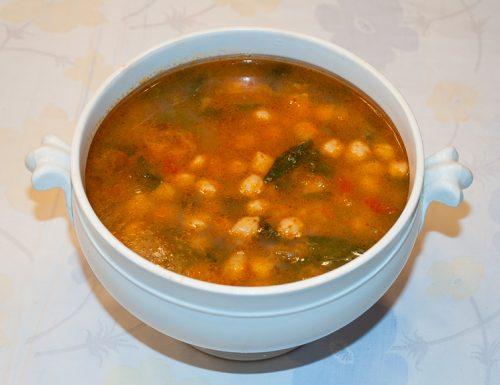 Zuppa di ceci, ricetta tradizionale semplice e  gustosa