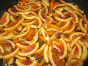 scorzette di arancia candite, quasi pronte
