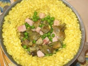 timallo di riso con carciofi e piselli prima_