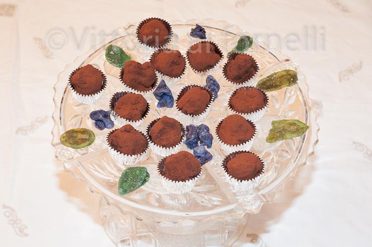 tartufini-di-cioccolato-allarancia