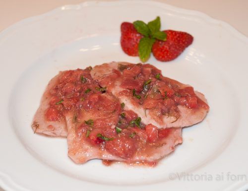 Scaloppine con fragole in agrodolce