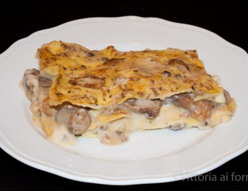 Lasagne ai funghi e fontina, facili, cremose e saporite