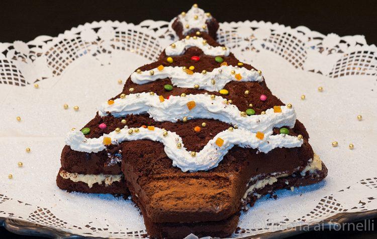 Albero di cioccolato con crema pasticcera