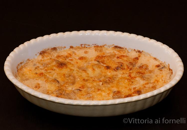 gratin di patate e champignon teglia