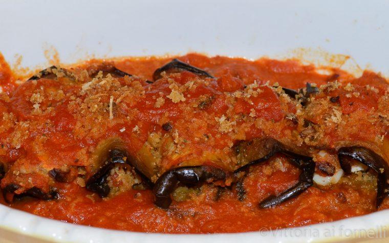 Involtini siciliani in salsa di pomodoro