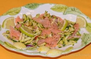 ricette di zucchine, insalata di salmone affumicato
