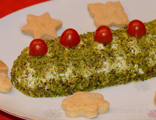 Mousse di formaggi con granella di pistacchio