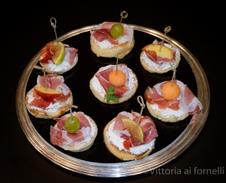 Blinis con culatello Podere Cadassa