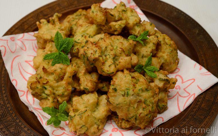 Frittelle di zucchine e patate, ricetta sfiziosa