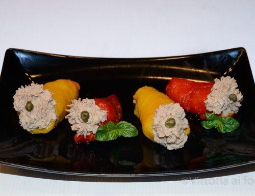 Involtini di peperoni con tonno, capperi e patate
