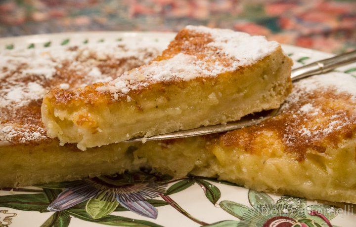 Torta cremosa di mele, vecchia ricetta golosa