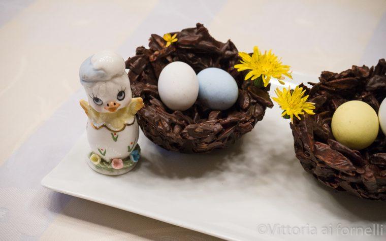 Nidi di cioccolato e frutta secca, ricetta pasquale