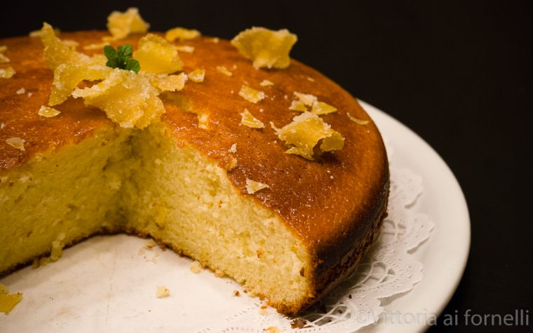 Torta soffice al limone, facile e golosa