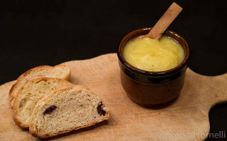 Crema di cipolle bianche, ricetta per bruschetta