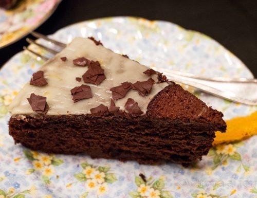 Torta cioccolato e arancia, ricetta facile e golosa