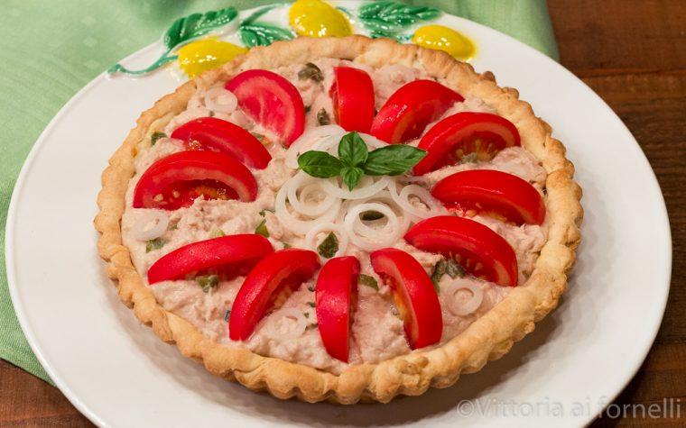 Torta salata fredda con tonno e maionese, facile e squisita
