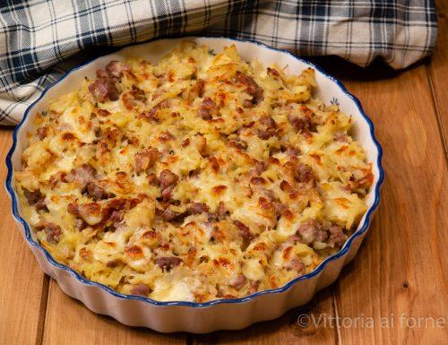 Tortino di patate con salsiccia e mozzarella