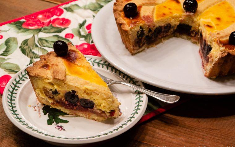 Crostata con amarene e crema di ricotta