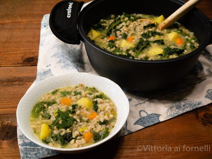 minestra di orzo con verza e patate