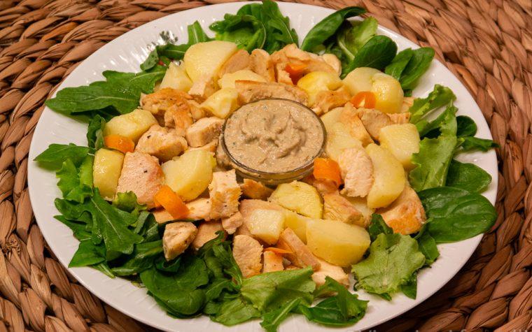 Pollo freddo con salsa tonnata e patate