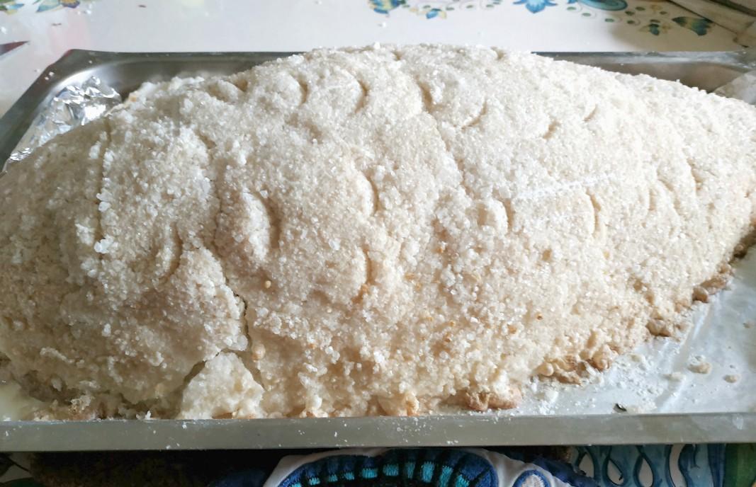 pesce in crosta di sale - pronto