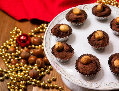 Tartufi al cioccolato e nocciola, cioccolatini facili e golosi