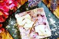 Cheesecake marmorizzata lamponi e cocco