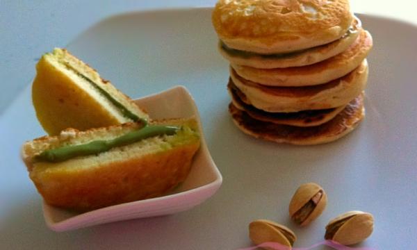 Mini dorayaki con crema al pistacchio