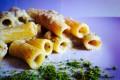 Elicoidali con crema ai pistacchi e gamberi