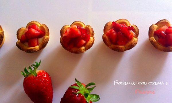 Fiorellini con crema e fragole